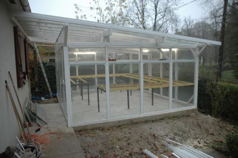 Bricolage construction d 39 une serre en bois et verre de 20m for Serre bois et verre